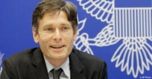 Ông Malinowski đảm nhận vị trí Trợ lý Ngoại trưởng Mỹ hồi tháng Năm năm 2014. Trước đó, ông là Giám đốc Văn phòng của Human Rights Watch ở thủ đô Washington. Ảnh google