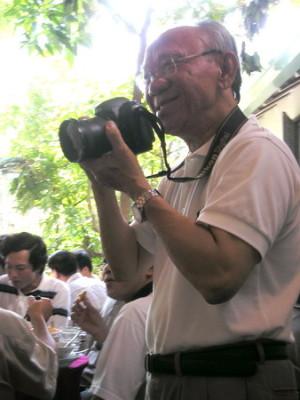 Cha Bosco Thiện, CSsR, trong một lần từ Âu CHâu trở về VN thăm anh em.